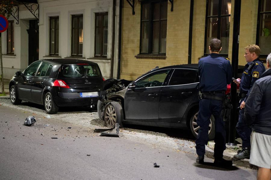 Bilar förstörda inatt