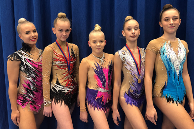 Rytmiska gymnaster tävlade i Danmark