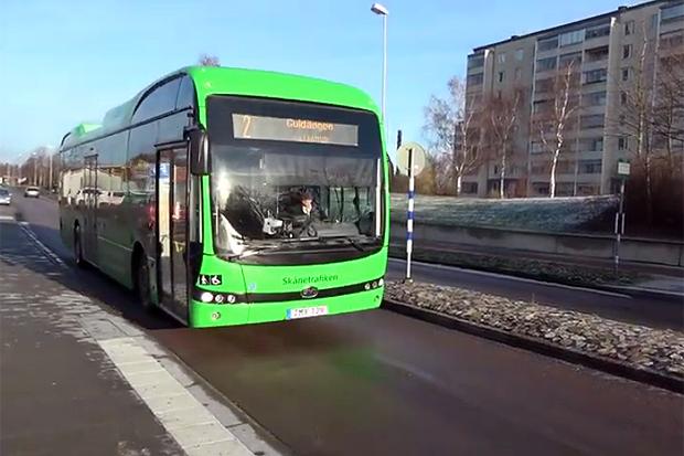 Följ med på en tur med elbussen