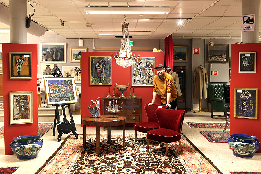 Lokal konst auktioneras ut