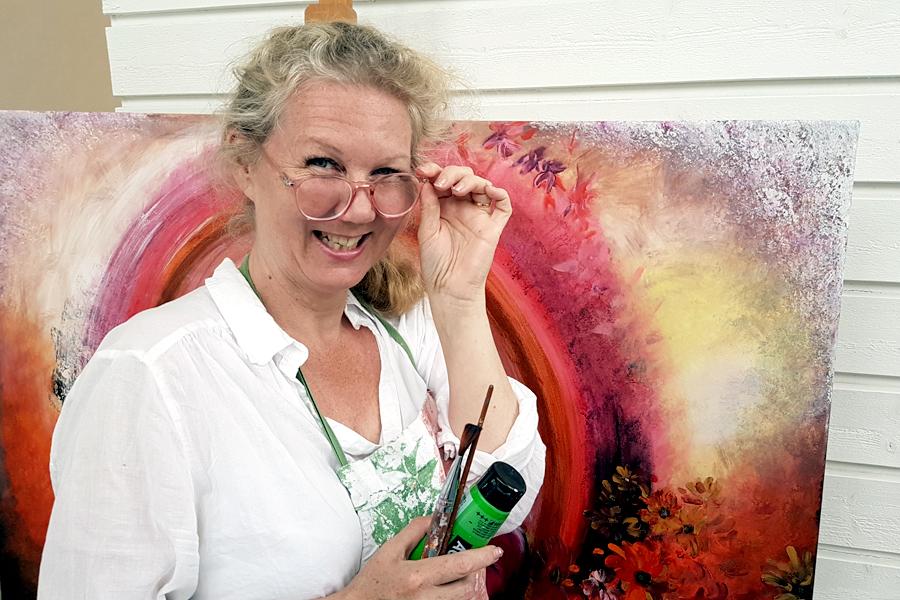 Susanne Wärn först ut på Galleri Direkt
