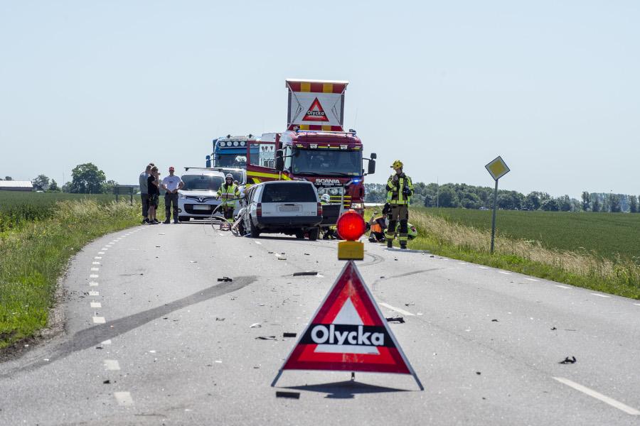 Dubbla trafikolyckor på fredagen