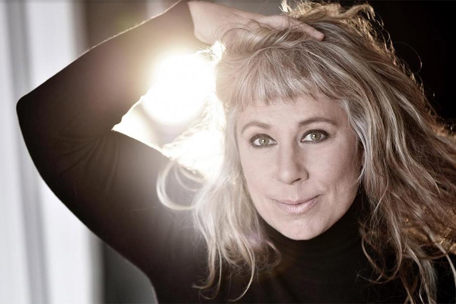 Stina Wollter avslutar säsongen i Pumphusets Konsthall