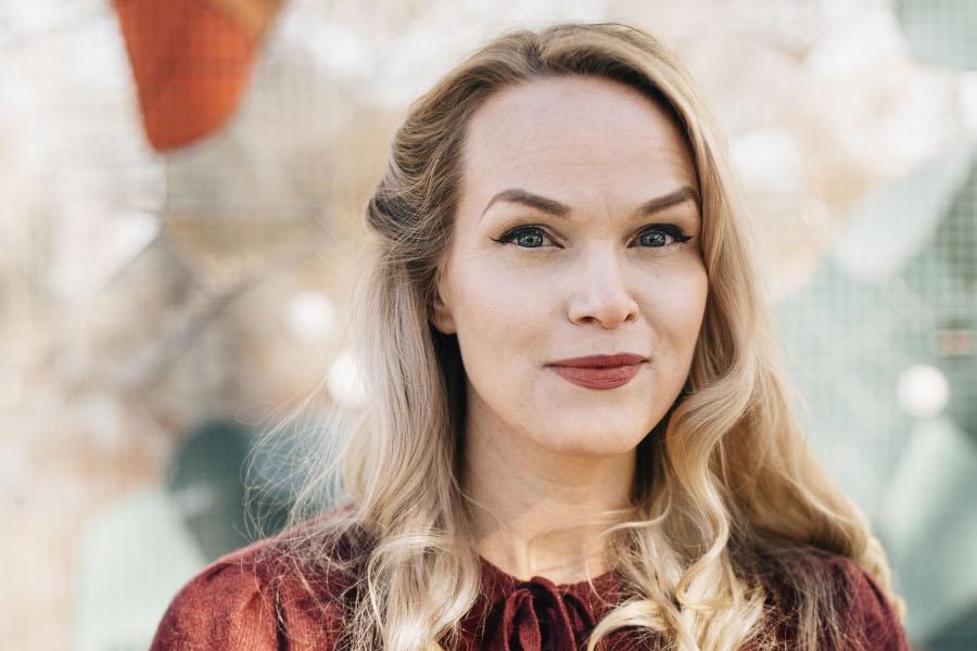 Emma Sundh – Klimatklubben besöker biblioteket
