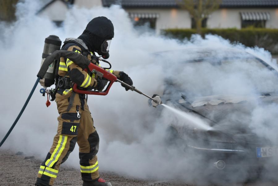 Bilbrand i Häljarp
