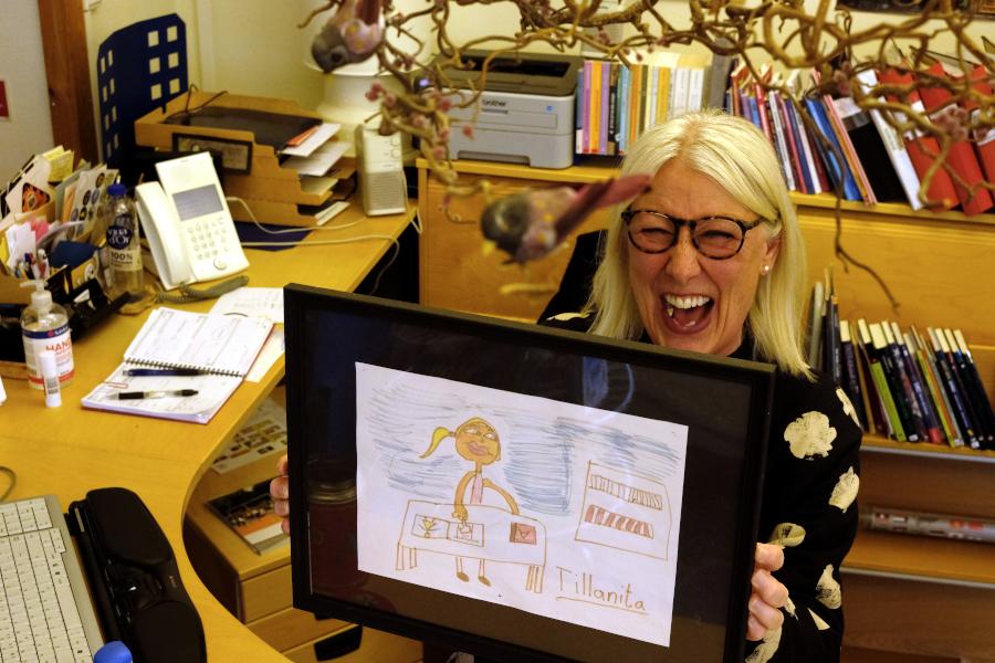 Populär skolbibliotekarie slutar