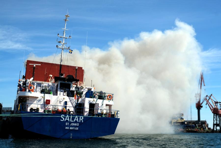Brand i fartyg i Landskrona hamn