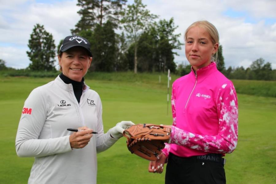 På läger med Annika Sörenstam