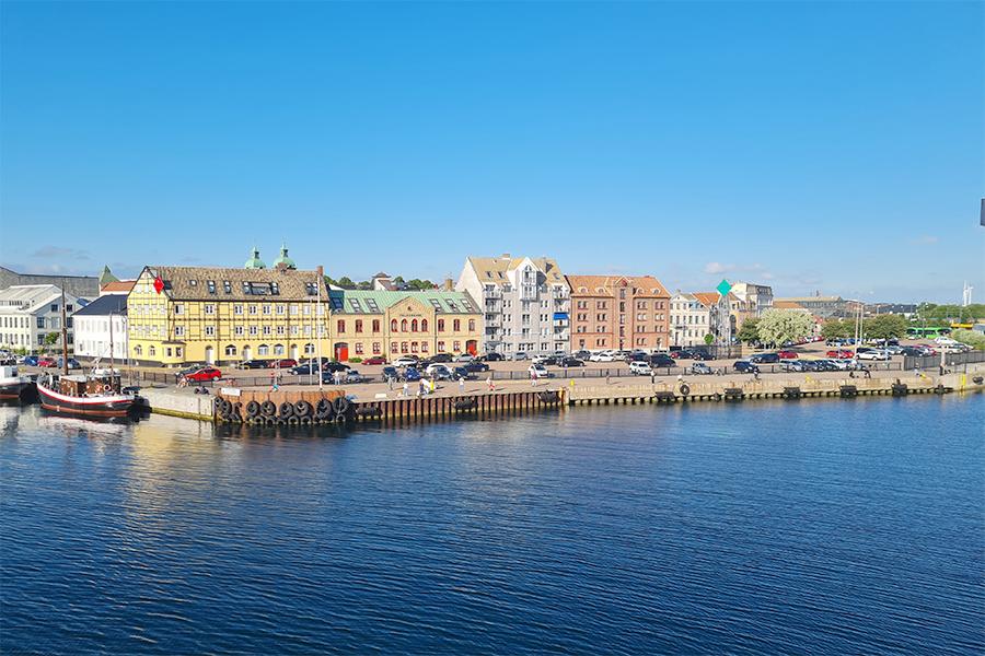 Planer på bostäder på Skeppsbrokajen fortskrider