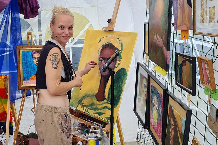 Lisa Teo Johnsson först ut på Lilla Paris